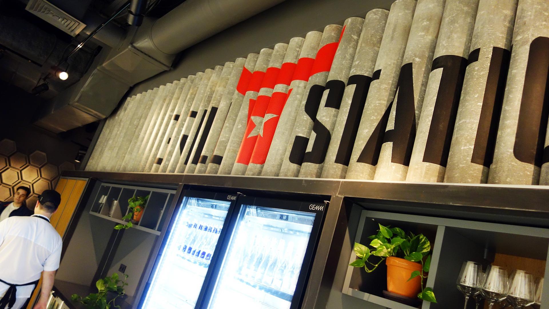 Фирменный стиль в интерьере, Asgard Branding, restaurant logo, ресторан Grillstation, branding design identity