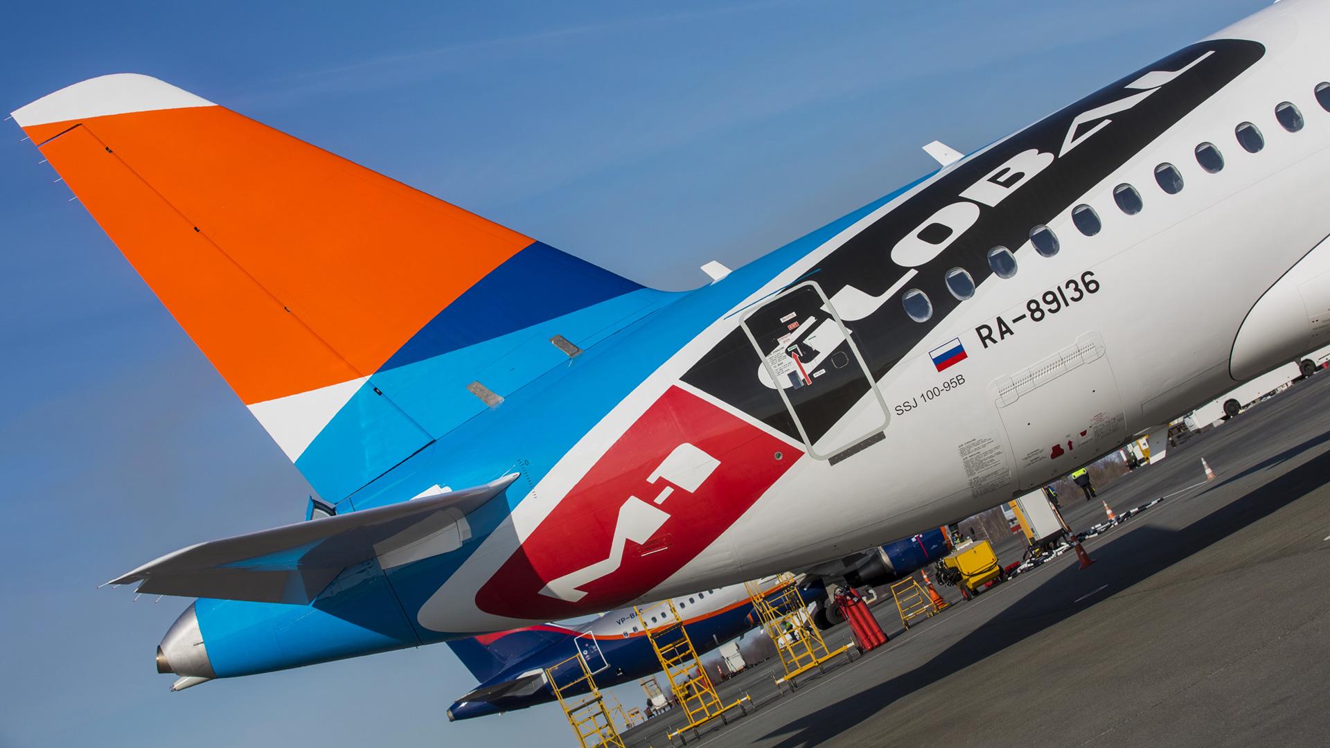 Кобрендинг авиакомпании Азимут и промоутерской компании M-1 Global